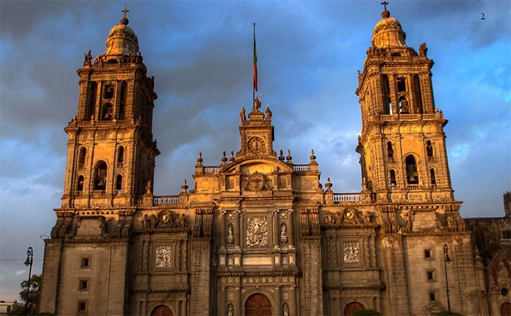 Mexico City And Its Palaces: Worlds Within Worlds