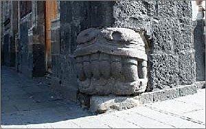 Mexican Pyramid Corner