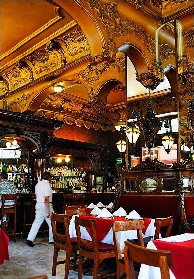 Bar Opera